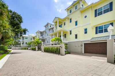 1033 Harbor Villas Drive #4