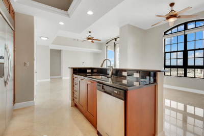 701 S Olive Avenue #2118