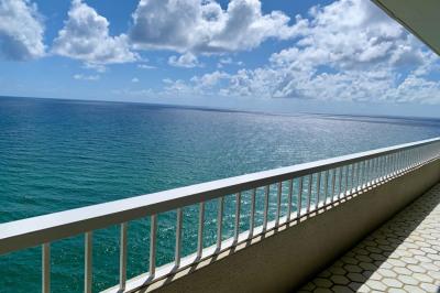 5540 N Ocean Drive #Ph-A