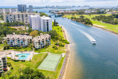 364 Golfview Road #305
