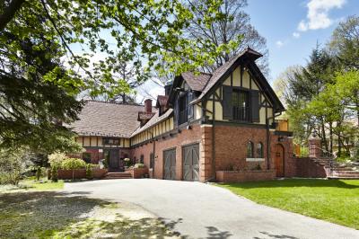 Award-Winning Residence