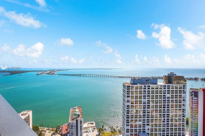 1451 Brickell Ave #4203