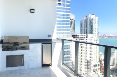 1451 Brickell Ave #3002