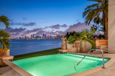 5112 Fisher Island Dr #5112