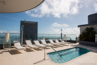 1000 Brickell Plaza #4402