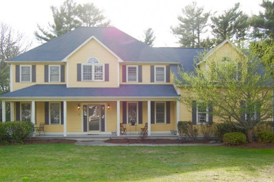 56 Pond View Dr 1
