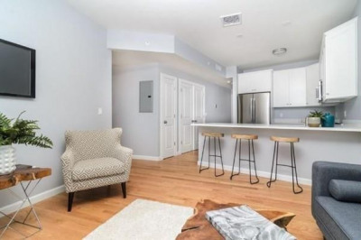 172 Kimball Ave #2A 1