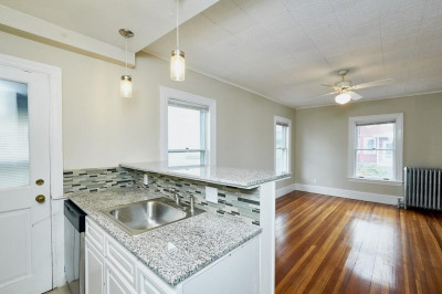 10 Harbor View Ave #2 1
