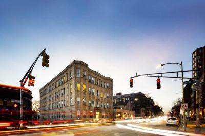 922 Massachusetts Avenue 1