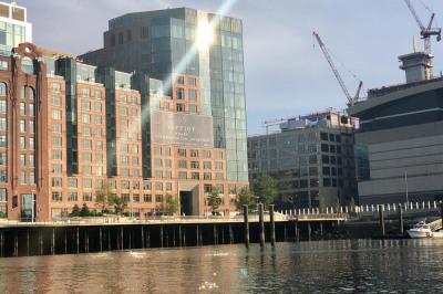 100 Lovejoy Wharf #6E 1