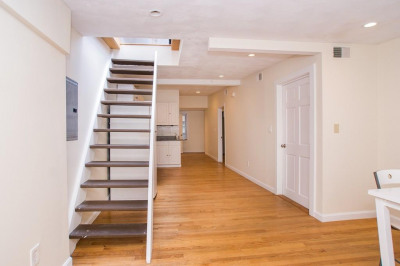 40 Batterymarch St #5Bed 1