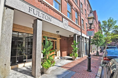 100 Fulton St #4T 1
