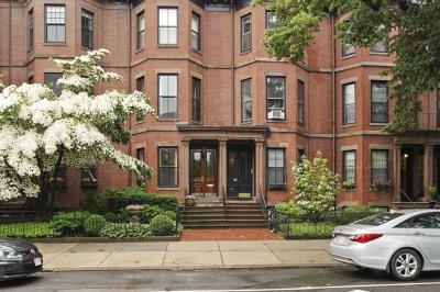 385 Beacon Street 1