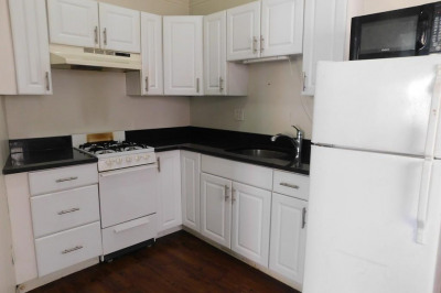392 Commercial St #3 1