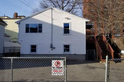 124 Spencer Ave 1