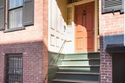 9 Knox Street #1 1