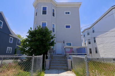27 Trident Ave #1 1