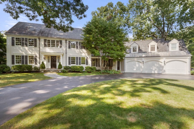 102 Old Colony Road 1