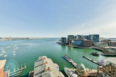 10 Rowes Wharf #PH06