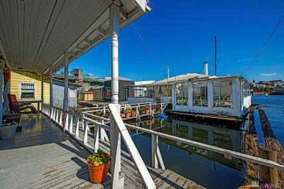 3240 Portage Bay Place E