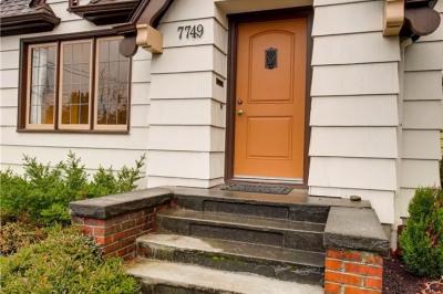 7749 19th Ave Ne