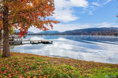 3973 E Lake Sammamish Shore Lane Se