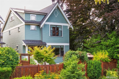 2131 8th Ave W