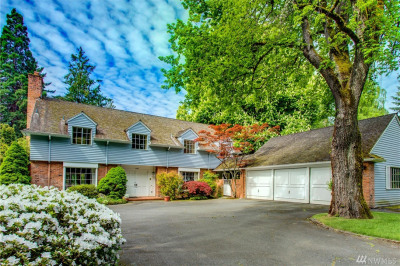 1407 Evergreen Point Road