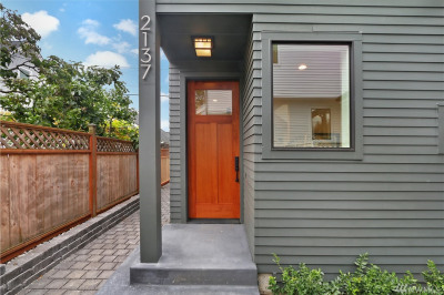 2137 7th Ave W