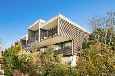 300 7th Ave S #20