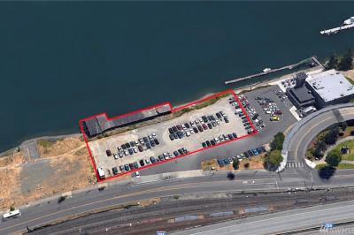 1179 Dock St