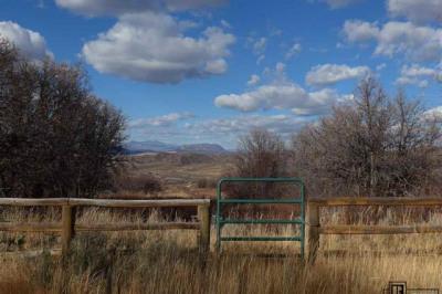 24805 Rainbow Ridge