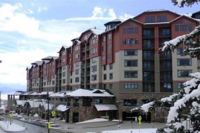 2300 Mount Werner
