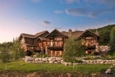 622 Forest View