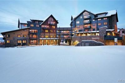 2250 Apres Ski Way