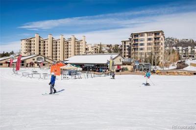 1875 Ski Time Square
