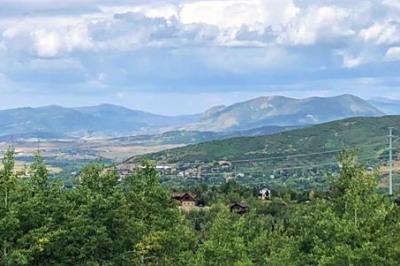 325 Boulder Ridge