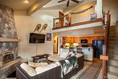 380 Ore House