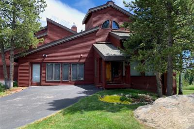 1131 Redwoods Drive