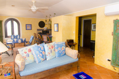 2b Christiansted Ch 1