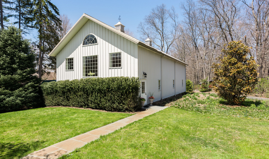 42 Lords Highway, Weston, CT 06883 Photo #34