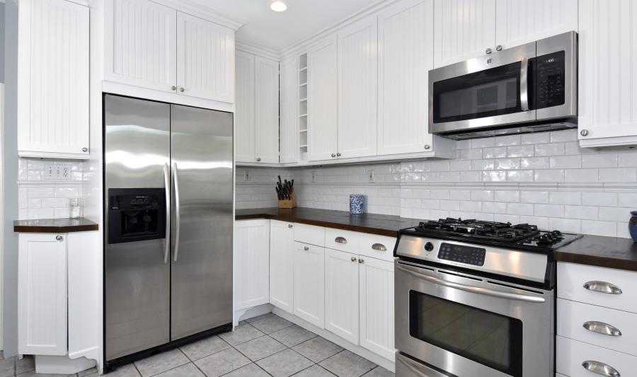 64 Storer Avenue, Pelham, NY 10803 Photo #11