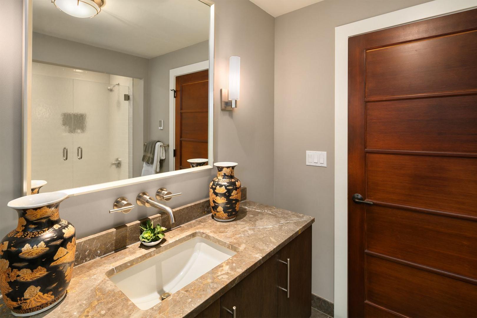 2100 Broadmoor Dr E Photo 18