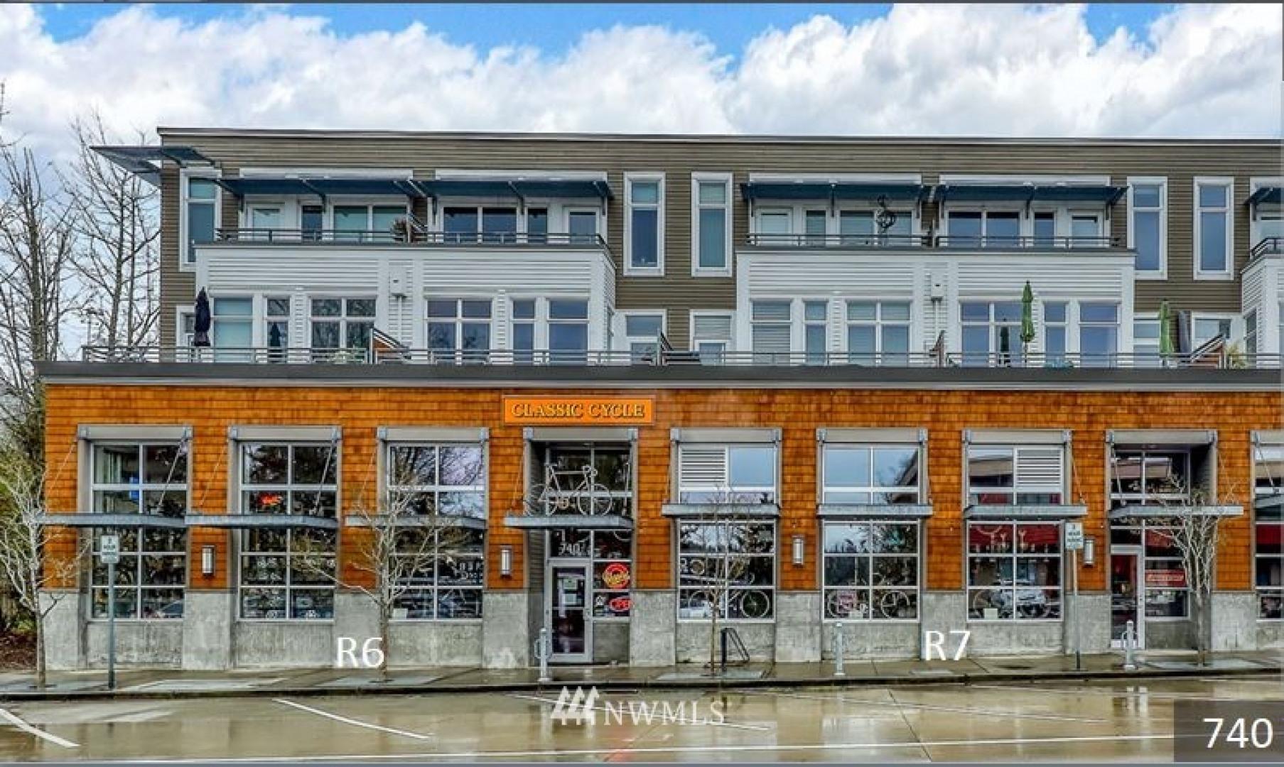 740 Winslow Wy E #R6+R7 Photo 1