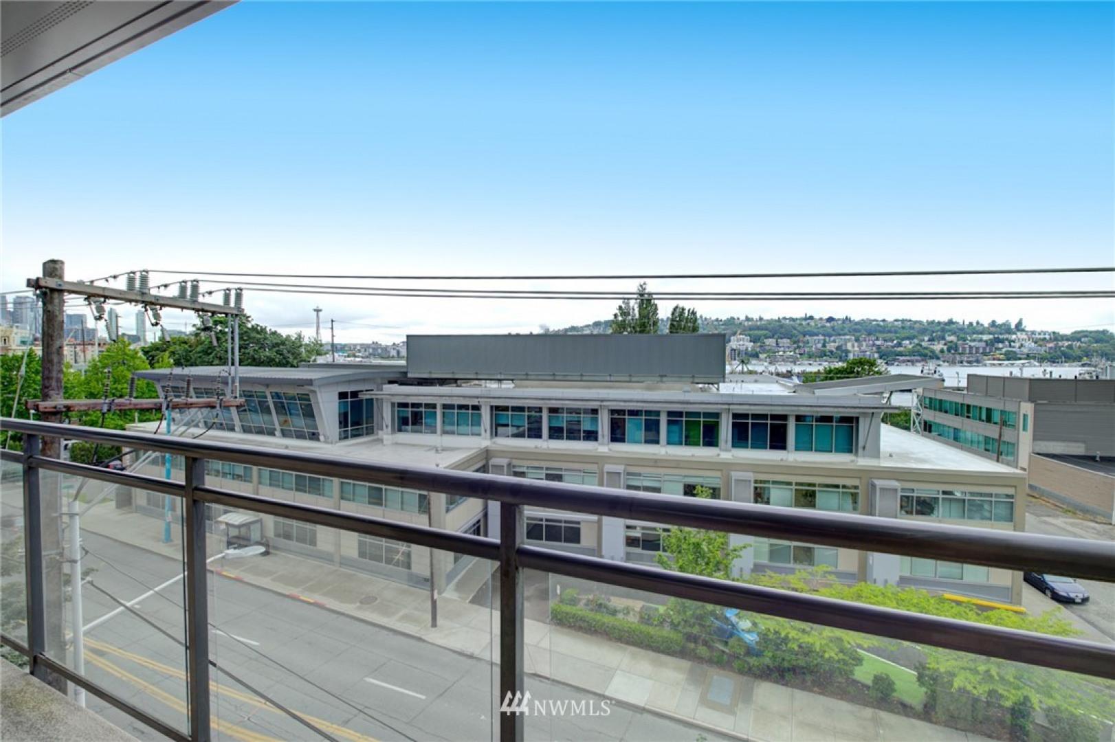 1550 Eastlake Avenue #405 Photo 25