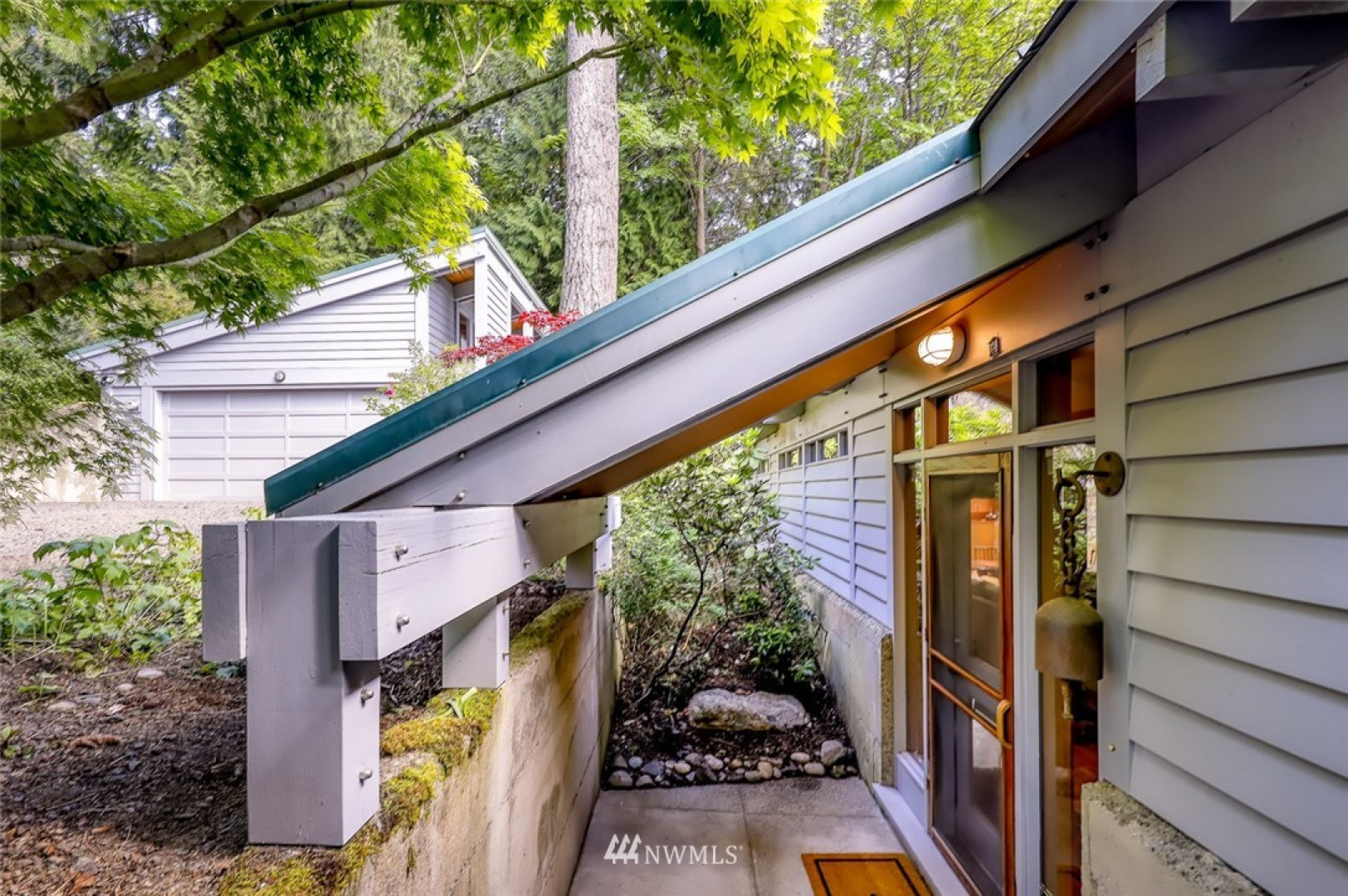 243 Lovell Ave SW Photo 6