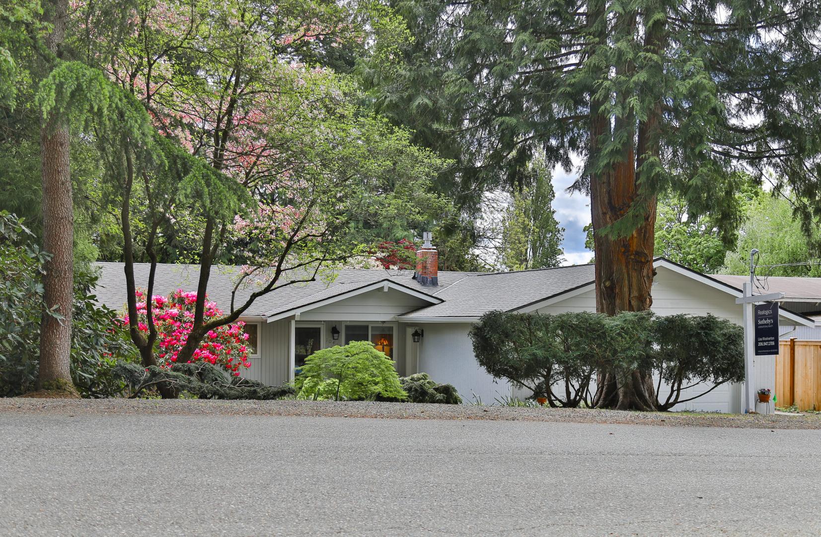 10417 NE 187th Street Photo 1