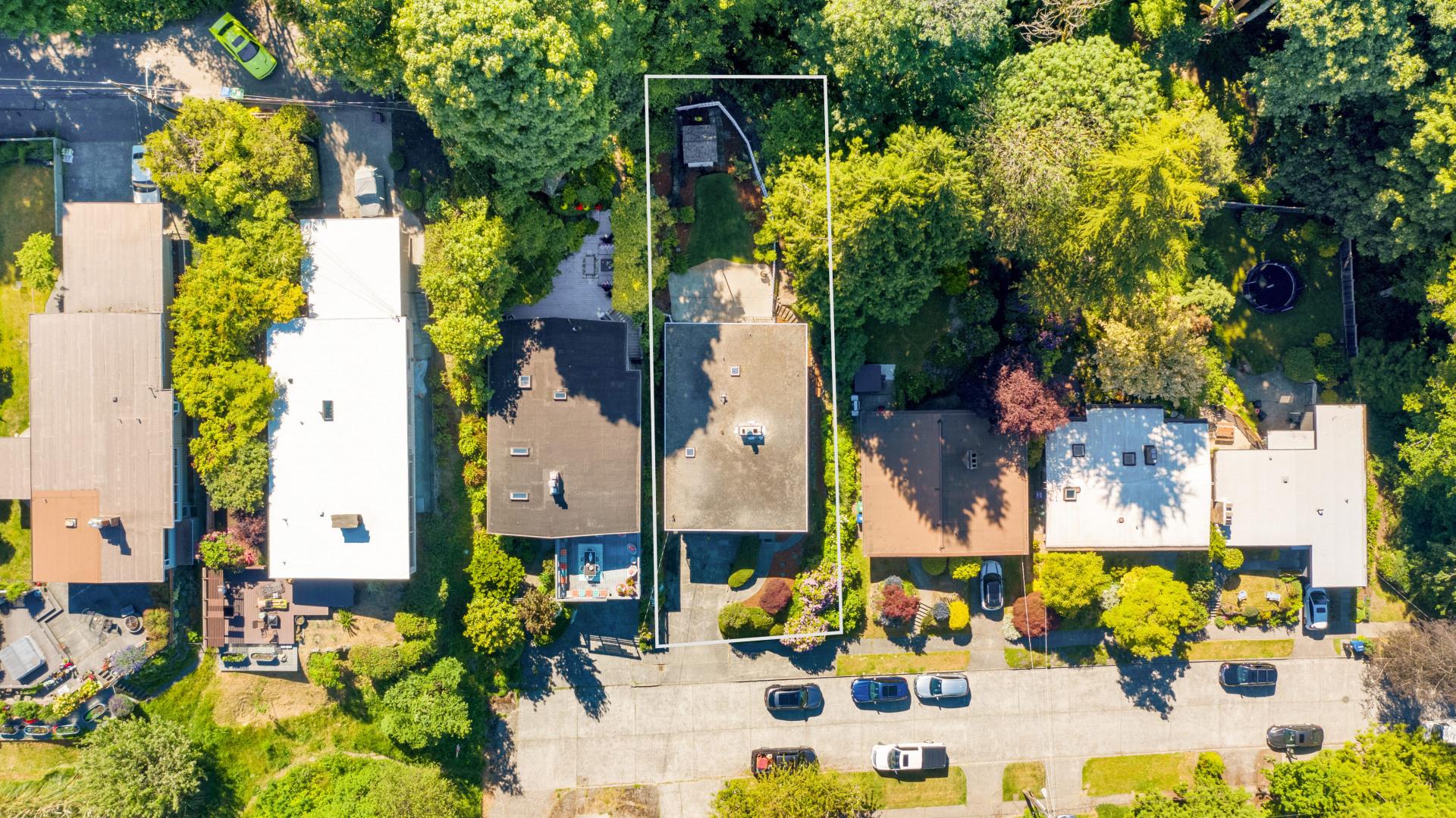 3841 Williams Avenue W Photo 34