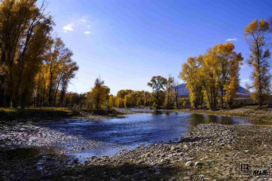 Enjoy 2+ miles of the Elk River. Anglers paradise.
