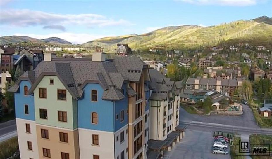 2525 Village Drive 4e Photo
